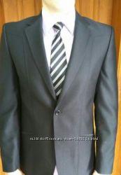 Продам мужской костюм