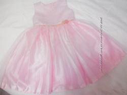 продам детские нарядные платья