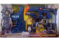 Полицейский набор автомат, пистолет, бронежилет, рация, маска батарейки