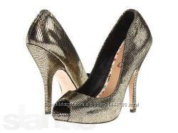 Новые кожаные туфли CeCe L&acuteamour 36-37р