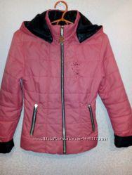 Куртка демисезонная на 8-11 лет.
