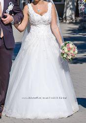 Шикарное свадебное платье ручной работы подъюбник