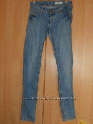 женские джинсы Super skinny H&M