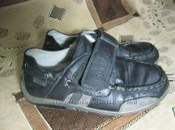 Хорошие черные туфли на мальчика , 30рр18, 5см