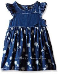 Calvin Klein Кельвин Кляйн джинсовое платье с цветамиСША 4, 5, 6 лет