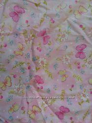 Ніжно-рожеві штори в дитячу кімнату