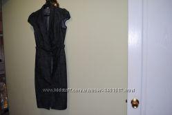 джинсовое стильное деловое . строгое. приталеное платье