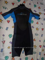 Гидрокостюмы Продам гидрокостюмы детские.