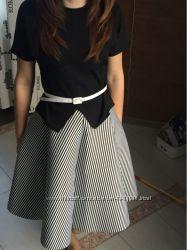 Женская элегантная  юбка в полоску в наличии