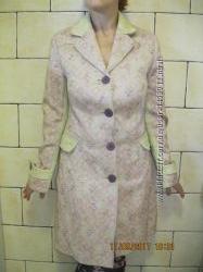 Пальто стильное демисезонное 46 р-ра