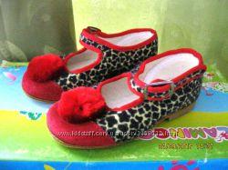 Новые нарядные туфельки на девочку 22 размера