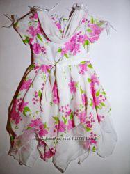 Шикарные пышные новые      е платья. Размеры 110-128.