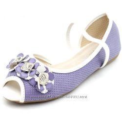 Новые балетки и туфельки, разные размеры, внутри кожа.