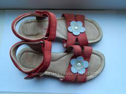 Кожаные босоножки Bartek для девочки, 30 размер