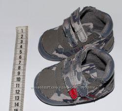 Пинетки и ботиночки демисезонные, 3-6 мес