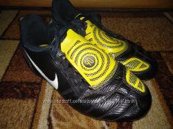 Бутсы Nike Total 90 стелька 19 см