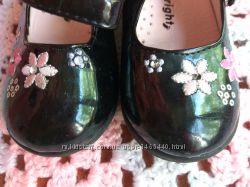 Красивые туфельки Walkright по стельке 14 см.