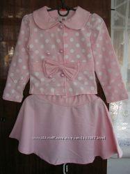 Новый нарядый костюм для девочки.