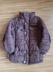 Курточка бурого цвета