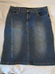 Джинсовая юбка до колена