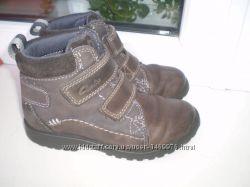 демисезонные ботинки Clarks р. 8 F , 17 см  кожа