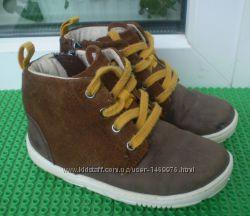 демисезонные ботинки  Clarks 7 F , стелька 14. 5 см