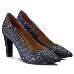 Уценка. Туфли из натуральной кожи немецкого бренда Caprice черно-синие, р. 37