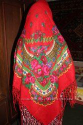 Стильный яркий платок-терновый