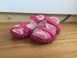 Босоножки, сандали на девочку Quechua