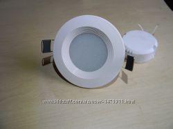 Светодиодный точечный врезной светильник LED 5 w90мм