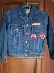 Джинсовый пиджак на 6-9 лет, 122р.