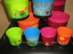 Цветной горшок для растений с поддоном