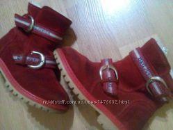 Зимние ботинки Dolce & Gabbana. Замша Размер 24.