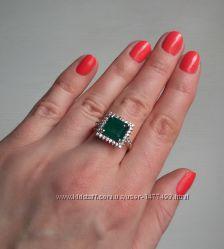 Серебряное кольцо с агатом и циркониями