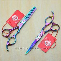 Профессиональные парикмахерские ножницы от Purple Dragon .