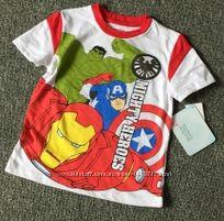 Яркая футболочка Disney, Marvel