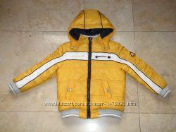 Двухсторонняя куртка Chicco на холодную осень или весну, 116р на 6 лет.