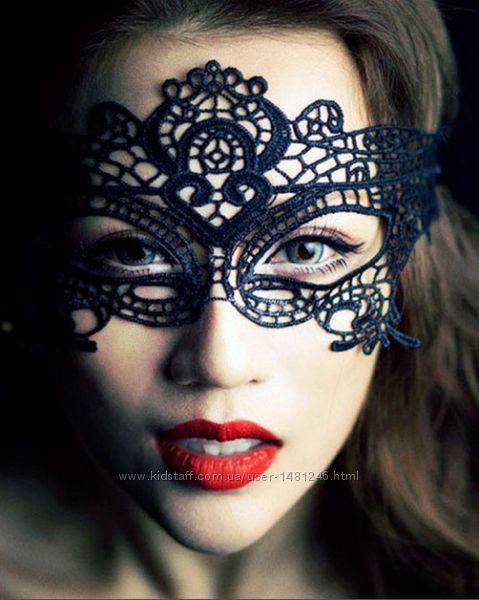 Карнавальная ажурная кружевная маска на лицо