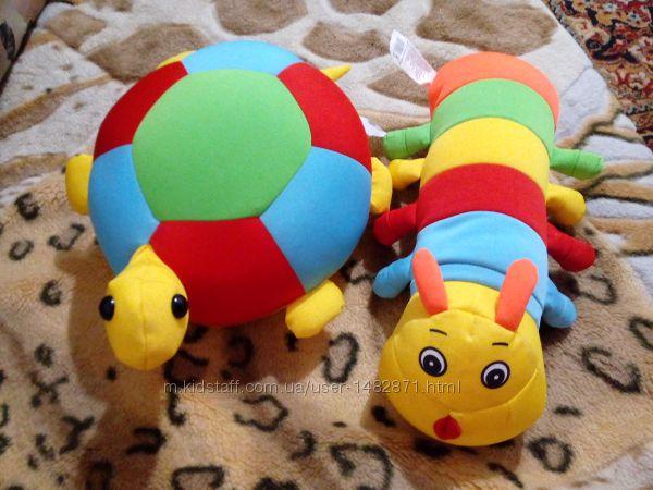 Игрушки мягкие гусеница и черепаха
