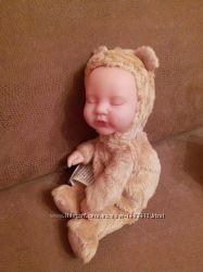 Кукла Анне Геддес мишка 23 см