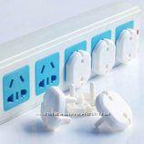Заглушки для розетки для детской безопасности. Защита в розетку