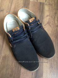 туфлі, мокасини