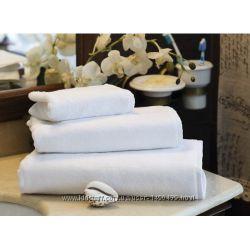 Махровые полотенца белого цвета