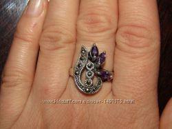 Шикарное кольцо из капельного серебра  с натуральными аметистами