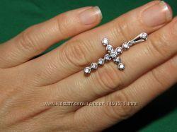 Шикарные серебряные крестики 925 пробы с сияющими цирконами