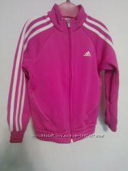 Спортивная куртка на девочку110 см