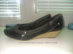 Туфли Carina 39р- 24, 5см в отличном состоянии