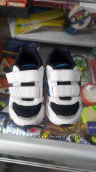 Детские кроссовочки Адидас