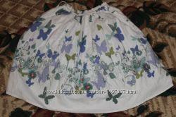 очаровательная пышная юбочка  с бабочками на4-6лет