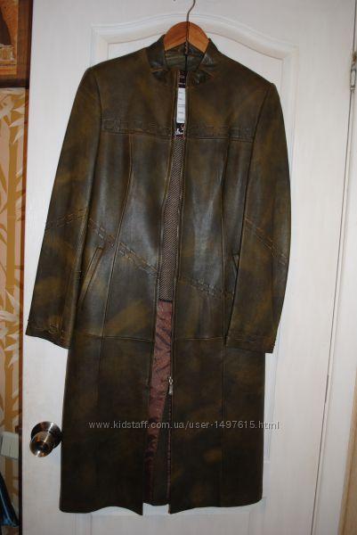 Кожаное пальто новое дешево размер 44-46